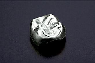 銀パラジウムクラウン